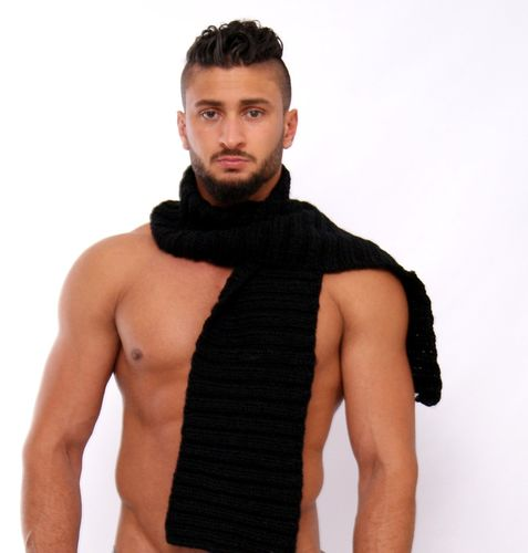 Scarf alpaca black hand-knitted